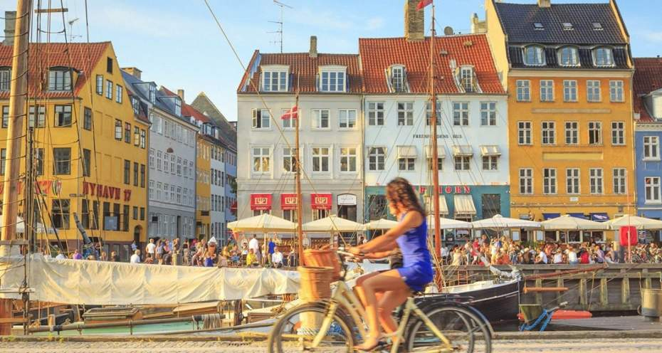 learn more about commercial moving to Denmark
