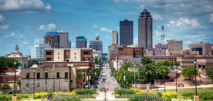 long distance interstate moving companies in Des Moines