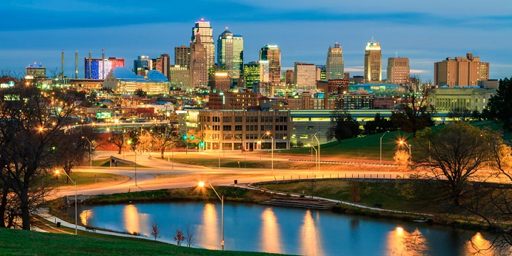 long distance interstate moving companies in Overland Park